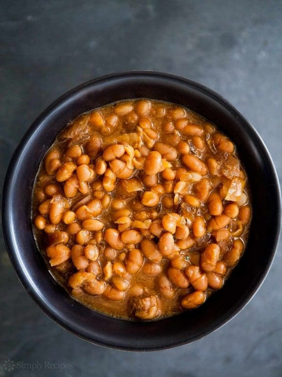 Slow Cooker Boston Baked Beans from Simply Recipes found on Slow Cooker or Pressure Cooker at SlowCookerFromScratch.com