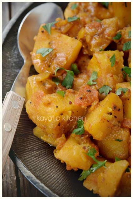 Slow Cooker Bombay Potatoes from Kayotic Kitchen featured on SlowCookerFromScratch.com