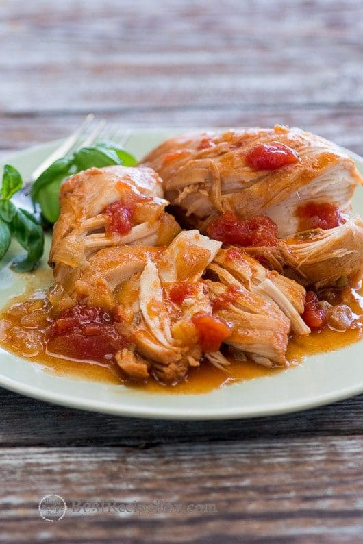 Four Fabulous Recipes for Sririacha Chicken featured on Slow Cooker or Pressure Cooker at SlowCookerFromScratch.com