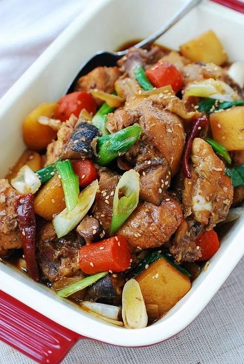 Slow Cooker Korean Chicken Recipe (Dakjjim) from Korean Bapsang featured on SlowCookerFromScratch.com