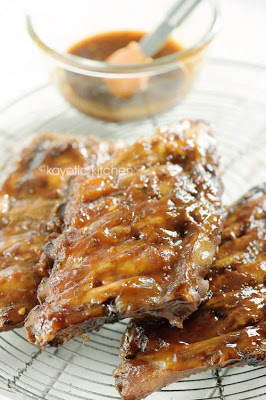Slow Cooked Apricot Ribs from Kayotic Kitchen featured on SlowCookerFromScratch.com