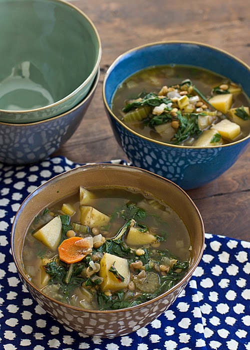 Best 20 Vegetable Garden Design Ideas For Green Living: Top 20 Vegetarian And Vegan Slow Cooker Soups
