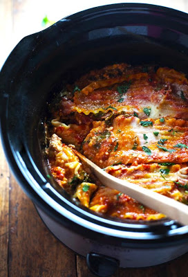 Super Easy Skinny Veggie CrockPot Lasagna from Pinch of Yum featured on SlowCookerFromScratch.com