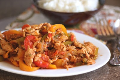 The BEST Slow Cooker Fajitas from Food Bloggers featured on SlowCookerFromScratch.com