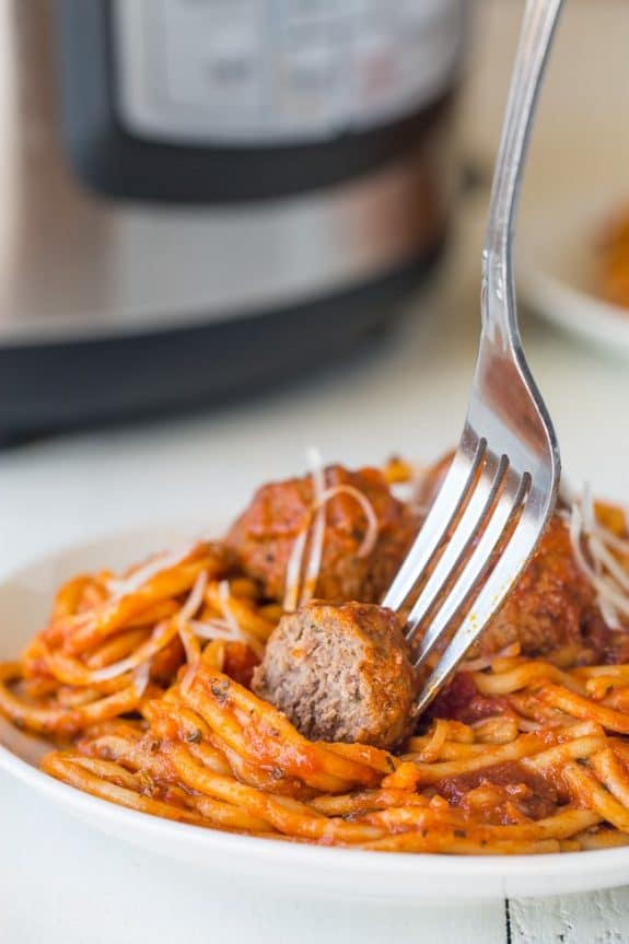 Quick and Easy Instant Pot Spaghetti Dinners from Slow Cooker or Pressure Cooker at SlowCookerFromScratch.com