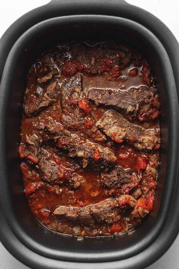 5-Ingredient CrockPot Short Ribs from Low-Carb with Jennifer