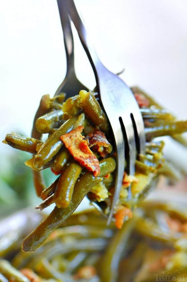 Slow Cooker Green Beans with Bacon from Mom on Timeout